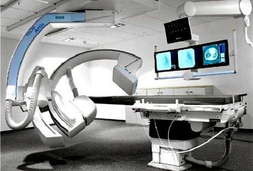 Angiografia permite vizualizarea detaliată a modificărilor patologice în vasele de sânge