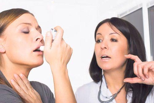 asistenta de urgenta pentru astm