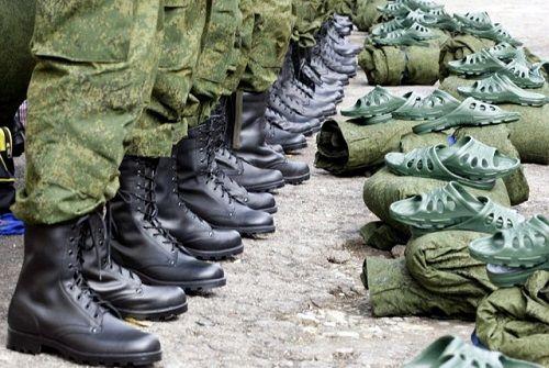 Uzdužne stan dopušta da služe u vojsci
