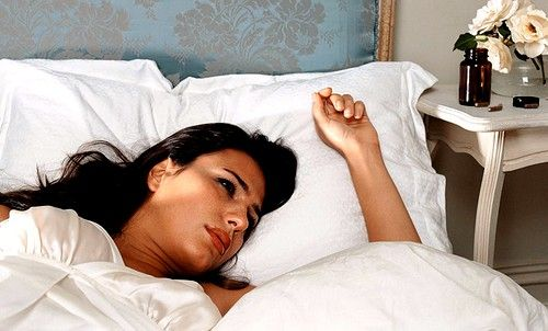 Симптомы нехватки магния заключаются в постоянной бессоннице, раздражительности и нервозности