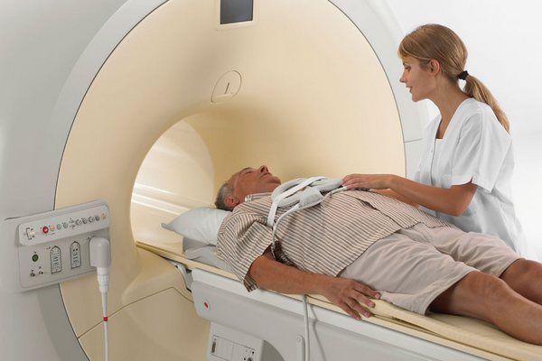 Для диагностирования диссеминированной меланомы проводится МРТ
