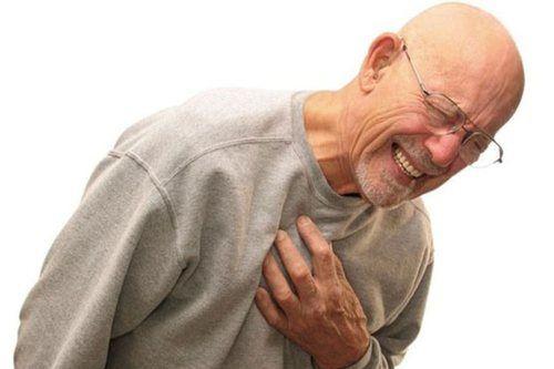 Simptome: persoana se simte durere extremă la locul fracturii