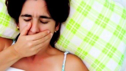 Cauza acestui simptom poate febrei aftoase