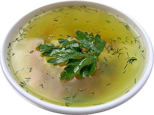 При дискинезии следует обязательно включить в рацион кисломолочные продукты и овощные бульоны