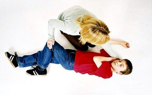 Epilepsia la copii difera de epilepsie la adulți, și este însoțită de anumite dificultăți în diagnosticarea