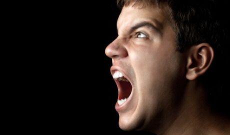 Синдром Туретта может спровоцировать неконтролируемую брань
