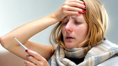При высокой температуре («жар») следует воздержаться от применения прогревающих повязок