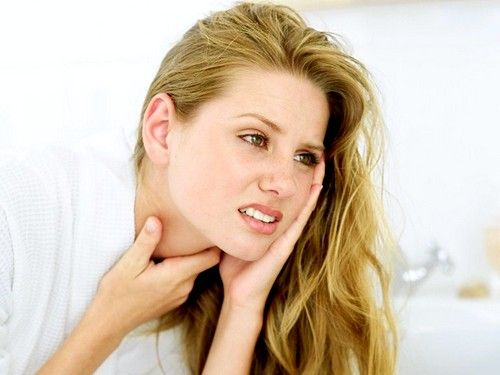 Simptomele de gusa tiroidian