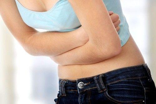 Crijevnih bolesti osoba počinje da iskuse bol u pupku