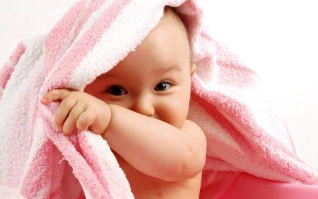 Желтушка у новорожденных, вызванная физиологическими причинами, в большинстве случаев проходит естественным путем, не оставляя осложнений
